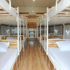Отель Hoang Nga Guest House 2* Кровать в общем номере с двухъярусной кроватью фото 11