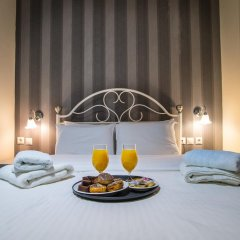 Anita Hotel в номере