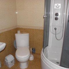 Гостиница Guest House NaAzove Украина, Бердянск - отзывы, цены и фото номеров - забронировать гостиницу Guest House NaAzove онлайн ванная