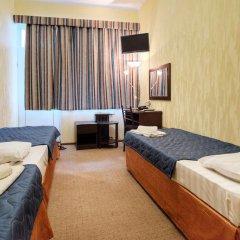 Гостиница Континент 2* Стандартный номер с 2 отдельными кроватями фото 4