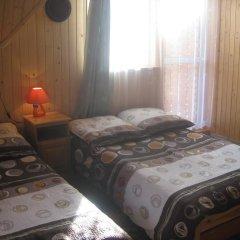 Отель Pokoje u Sarnowskich Косцелиско комната для гостей