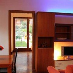 Отель Airport Roof Garden комната для гостей фото 3