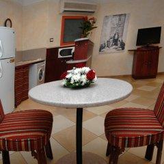 Отель Al Liwan Suites 4* Люкс с 2 отдельными кроватями