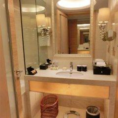 Baolilai International Hotel 5* Улучшенный номер с двуспальной кроватью фото 7