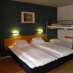 Euroway Hotel 3* Стандартный семейный номер с двуспальной кроватью фото 3