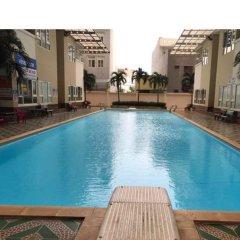 Отель Fully Equipped Luxury Apartment Вьетнам, Вунгтау - отзывы, цены и фото номеров - забронировать отель Fully Equipped Luxury Apartment онлайн бассейн фото 3