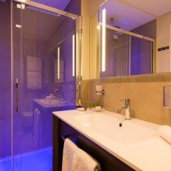DoubleTree by Hilton Hotel Yerevan City Centre 4* Стандартный номер с двуспальной кроватью фото 4