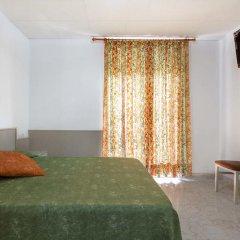 Отель Hostal Ramos Барселона комната для гостей