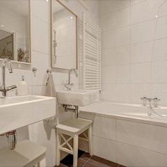 Отель The Ambassador Нидерланды, Амстердам - отзывы, цены и фото номеров - забронировать отель The Ambassador онлайн ванная