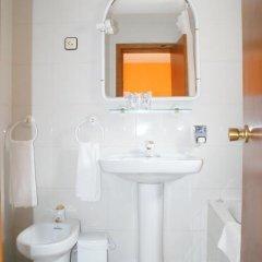 Отель Hostal Los Valles ванная фото 2