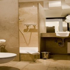 Апартаменты BURNS Art Apartments ванная