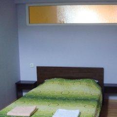 Отель East Gate Guest Rooms Стандартный номер с различными типами кроватей фото 7