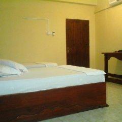 Alsevana Ayurvedic Tourist Hotel & Restaurant Стандартный номер с двуспальной кроватью фото 8