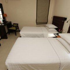 East Hotel 3* Номер Делюкс с различными типами кроватей фото 4
