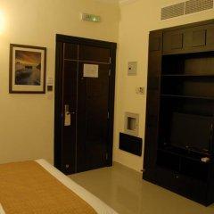 Отель Al Hayat Hotel Suites ОАЭ, Шарджа - отзывы, цены и фото номеров - забронировать отель Al Hayat Hotel Suites онлайн удобства в номере фото 2