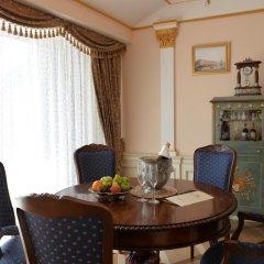 Гостиница Trezzini Palace 5* Люкс повышенной комфортности с различными типами кроватей фото 14