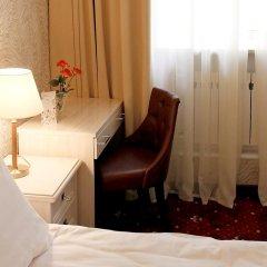 Гостиница Леонарт 3* Стандартный номер с двуспальной кроватью фото 3