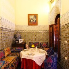 Отель Riad Ibn Khaldoun Марокко, Фес - отзывы, цены и фото номеров - забронировать отель Riad Ibn Khaldoun онлайн комната для гостей