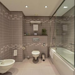 Отель Rosslyn Central Park София ванная