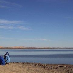 Отель Night Desert Camp Марокко, Мерзуга - отзывы, цены и фото номеров - забронировать отель Night Desert Camp онлайн приотельная территория