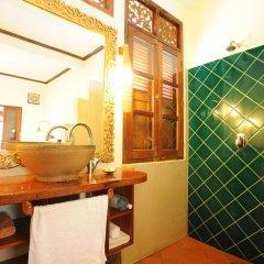 Отель Lotus Villa 3* Стандартный номер с двуспальной кроватью фото 10