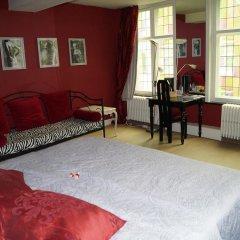 Отель B&B Next Door 4* Люкс с различными типами кроватей фото 12