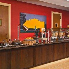 Отель Residence Inn Bethesda Downtown США, Бетесда - отзывы, цены и фото номеров - забронировать отель Residence Inn Bethesda Downtown онлайн питание