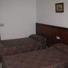 Отель Hostal Linar Стандартный номер с различными типами кроватей фото 3
