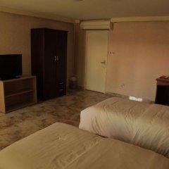 Отель Marhaba Hotel and Resort ОАЭ, Шарджа - отзывы, цены и фото номеров - забронировать отель Marhaba Hotel and Resort онлайн удобства в номере фото 2
