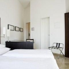 Burns Art Hotel 4* Стандартный номер с различными типами кроватей фото 8