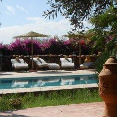 Отель Riad and Villa Emy Les Une Nuits Марокко, Марракеш - отзывы, цены и фото номеров - забронировать отель Riad and Villa Emy Les Une Nuits онлайн бассейн фото 3