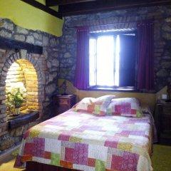 Отель Posada La Llosa de Viveda комната для гостей