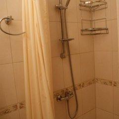 Гостевой дом Helen's Home Стандартный номер с различными типами кроватей (общая ванная комната) фото 9