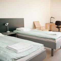 Отель Both Helsinki Кровать в мужском общем номере с двухъярусной кроватью фото 5