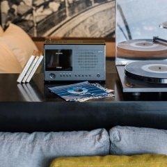 Ace Hotel London Shoreditch 5* Улучшенный номер с различными типами кроватей фото 2