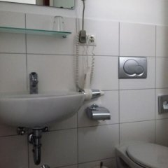 Отель mk hotel münchen max-weber-platz Германия, Мюнхен - 1 отзыв об отеле, цены и фото номеров - забронировать отель mk hotel münchen max-weber-platz онлайн ванная фото 2
