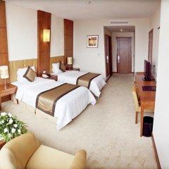 Muong Thanh Grand Ha Long Hotel 4* Номер Делюкс с 2 отдельными кроватями фото 5