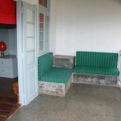 Отель Khalids Guest House Galle 3* Номер Делюкс с различными типами кроватей фото 9