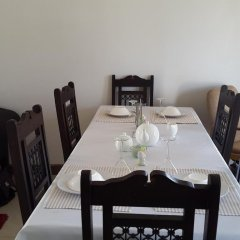 Отель Yana Bed & Breakfast Габороне в номере