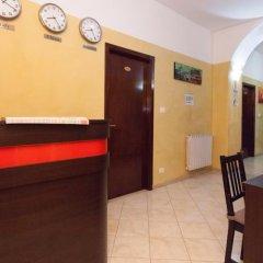 Отель Friend House интерьер отеля фото 3