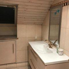 Отель Rundvejen Apartment with private garden Дания, Алборг - отзывы, цены и фото номеров - забронировать отель Rundvejen Apartment with private garden онлайн ванная
