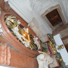 Отель Gästehaus Im Priesterseminar Salzburg Зальцбург в номере фото 2