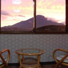 Отель Lake Side Inn Fujinami Яманакако удобства в номере
