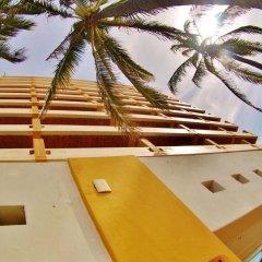 Отель Las Flores Beach Resort