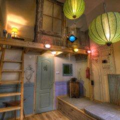 Lavender Circus Hostel интерьер отеля фото 3
