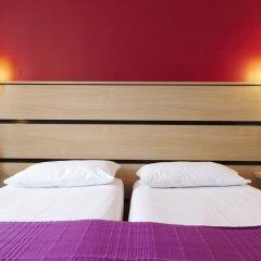 Отель Kyriad Paris 10 - Canal Saint Martin - République 3* Стандартный номер с 2 отдельными кроватями фото 2