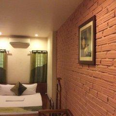 Отель Pho Vang 2 Стандартный номер с различными типами кроватей фото 5