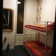 Отель Hostels MeetingPoint 2* Кровать в общем номере с двухъярусной кроватью фото 18