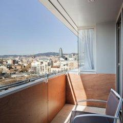 Отель ILUNION Barcelona 4* Улучшенный номер с различными типами кроватей фото 8