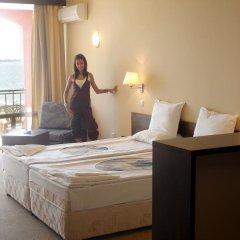 Отель Carina Beach Aparthotel - Free Private Beach комната для гостей фото 4